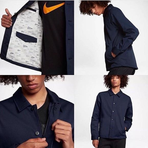 51a618dcf892 Nike Men s SB Flex Coacher Banner Jacket